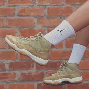 🌸 Nike Air Jordan Retro 11 Sneakers Shoes